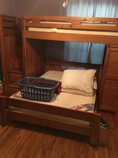 Bunk beds flash sale, minor imperfections, comes with bottom mattress, but not top mattress