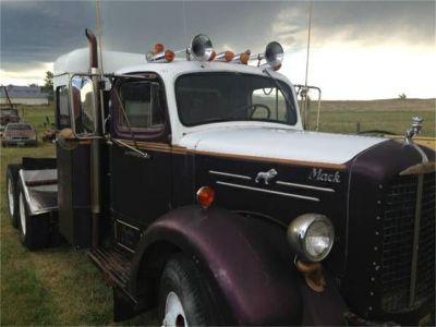 1952 Mack Truck