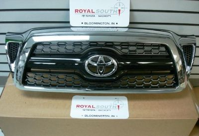 Sell Toyota Tacoma Chrome Grille Genuine OEM OE motorcycle in Bloomington, Indiana, US, for US $260.00