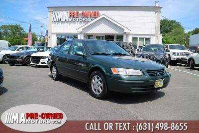 1999 Toyota Camry LE V6 (Oyster Pearl)