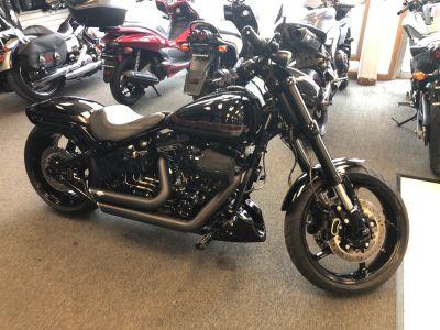 2016 Harley-Davidson CVO Pro Street Breakout Cruiser Elkhart, IN