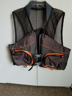 NWOT Field and Stream Life Vest