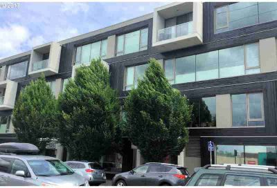 28 SE 28th Ave #201 Portland Two BR, Great price...Great