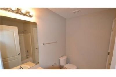 Beautiful Jacksonville Apartment for rent. Washer/Dryer Hookups!