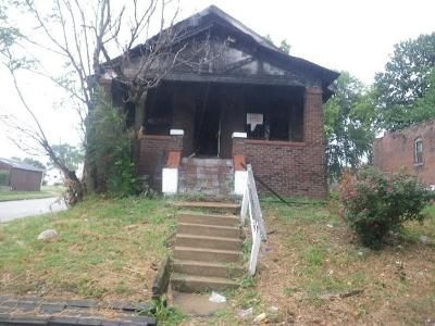 2 Bed 1 Bath Foreclosure Property in Saint Louis, MO 63120 - Claxton Ave