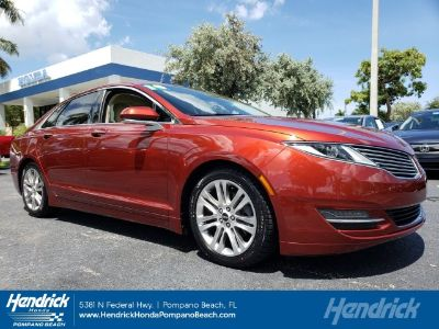 2014 Lincoln MKZ Base (Ruby Red Metallic Tinted Clearcoat)