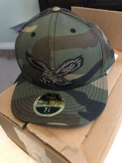 Men s Philadelphia Eagles New Era Camo Team Low Profile 59Fifty Fitted Hat **NWT**