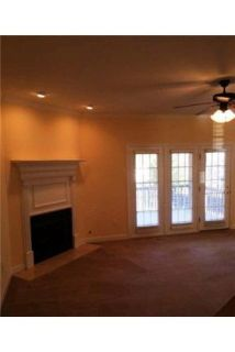 5 bedrooms \ $1,600/mo \ Evans - must see to believe. Washer/Dryer Hookups!