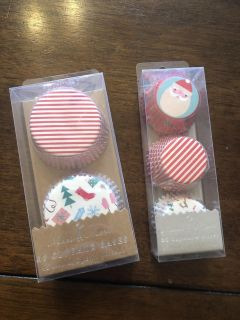 X mas cupcake papers new