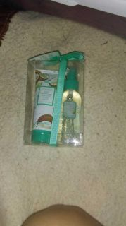 Brand new cocount lime lotion and spray set