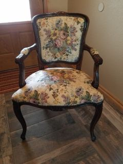 Duncan Phyfe antique chair