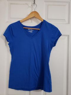 Royal Blue Red fox T-shirt Size XL. Excellent Condition