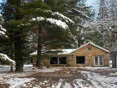 1 Bed 1 Bath Foreclosure Property in Alpena, MI 49707 - Tamrack Rd