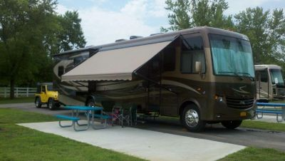 2013 Newmar CANYON STAR 3810