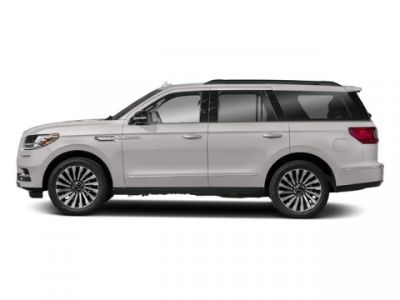 2018 Lincoln Navigator Reserve (White Platinum Metallic Tri-Coat)