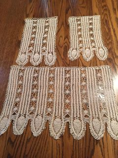 3 Pc Vintage Crocheted Furniture Protector Set