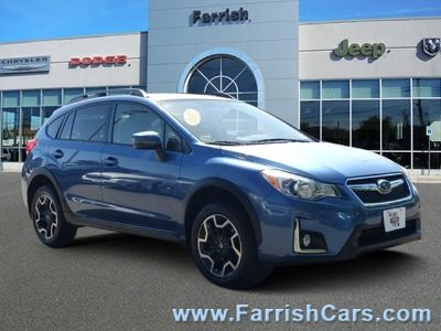 2017 Subaru XV Crosstrek 2.0i Limited (Quartz Blue Pearl)