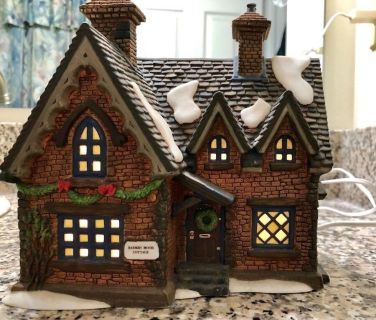 **Dickens Village Barmby Moore Cottage **
