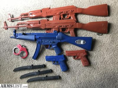 For Sale: Training Weapons MP5, AK47, handcuffs, Sig 229, knives Rings ASP