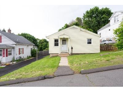 3 Bed 1 Bath Foreclosure Property in Southington, CT 06489 - Burwell Ave