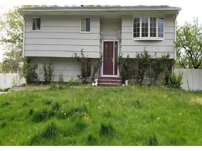 5 Bed 2 Bath Foreclosure Property in Old Bridge, NJ 08857 - Rockhill Rd