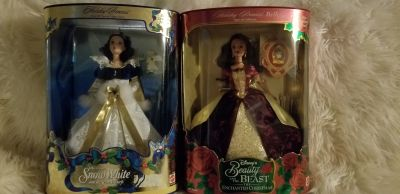 Snow White/Belle collectable Christmas Barbie