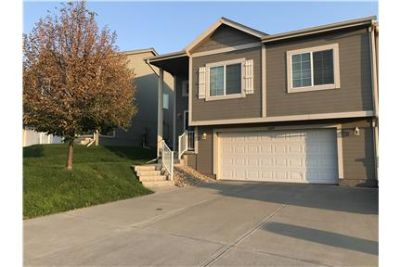 Townhome- Great location-New Neighborhood