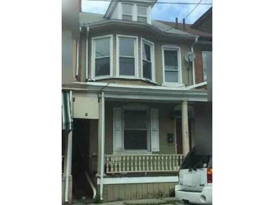 4 Bed 1 Bath Foreclosure Property in Lebanon, PA 17042 - Walnut St