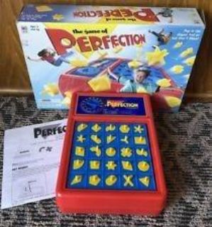 Perfection 1998 board game MB
