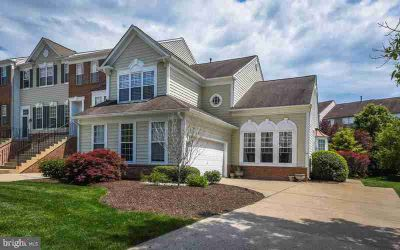 54 Charter Oak CT #501 Doylestown, This 3 or Four BR