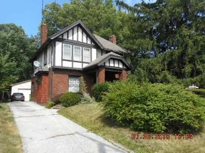 4 Bed 1.5 Bath Foreclosure Property in Cleveland, OH 44118 - Washington Blvd