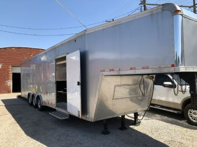 Gooseneck Enclosed Trailer