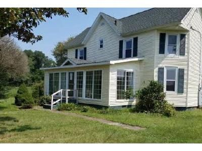 2 Bed 1.1 Bath Foreclosure Property in Westover, MD 21871 - Old Westover Marion Rd