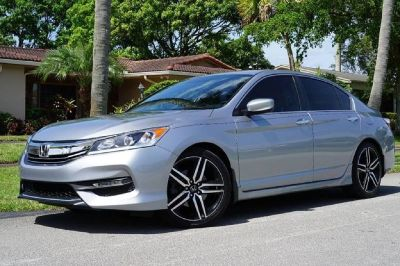 2016 HONDA ACCORD SPORT SEDAN ONLY 22K MILES