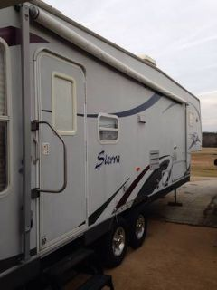 2003 30 ft sierra gooseneck travel trailer
