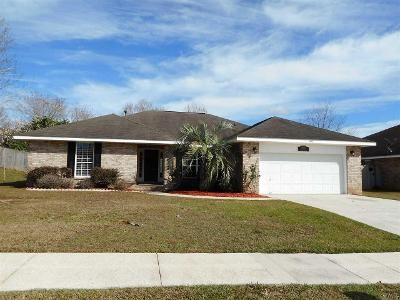 4 Bed 3 Bath Foreclosure Property in Cantonment, FL 32533 - Joshua Dr