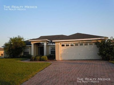 Contemporary 3/2 in Winter Haven