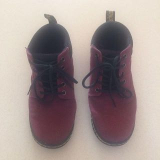 DR MARTENS -size 8 - Air Wair With Soles Bouncing Shoes (burgundy and black)