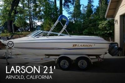 2003 Larson 210 SEI Fish and Ski