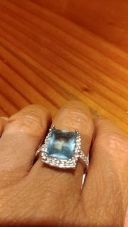 ABSOLUTELY BEAUTIFUL 925 SILVER SIZE 8 BOUGHT TOO BIG