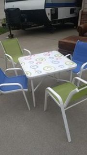 child table 4 chairs
