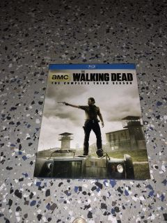 New in plastic the walking dead Blu-ray complete third season