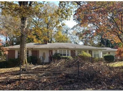 3 Bed 1.5 Bath Preforeclosure Property in Gainesville, GA 30501 - Mountain View Dr