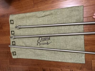 Curtains with Decorative Rod