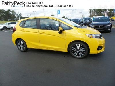 2018 Honda Fit EX FWD (Helios Yellow Pearl)