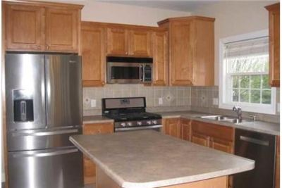 4 bathrooms, $2,300/mo - must see to believe. Parking Available!
