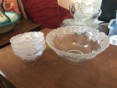 Glass Salad Bowl Set with Roses