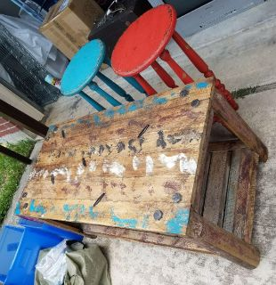 Rustic coffee table 2 end tables