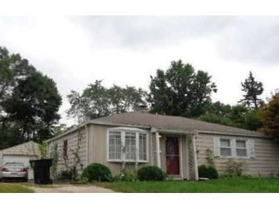 3 Bed 1 Bath Foreclosure Property in South Bend, IN 46614 - Dover Dr