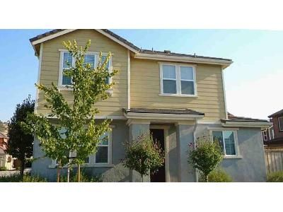 3 Bed 2.5 Bath Foreclosure Property in Patterson, CA 95363 - Vintner Cir